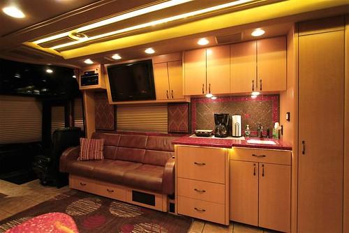 Chippewa - Front Lounge - facing forward
