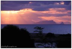 sunlight (eufrapi (il mio acronimo)) Tags: italia nuvole mare sicily tramonti sole paesaggi sicilia raggi panorami cieli campofelicediroccella capozafferano promontori
