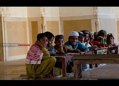 (Zeeshan Qamar) Tags: pakistan children muslim mosque recite derawar gettyimagespakistanq12012
