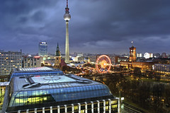 ber den Dchern von Berlin Mitte (Matthias (Bolle)) Tags: city travel blue roof light sky building berlin tower rooftop architecture outdoors deutschland licht tv exterior place nacht dusk famous von structure illuminated german hour stadt fernsehturm bluehour rathaus dach riesenrad built beleuchtung reise nach abenddmmerung blaue destinations rotes beleuchtet bauwerke stunde reiseziel gebuden ausenaufnahme architektionisch