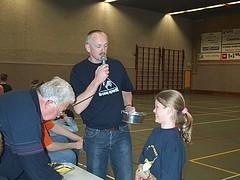 2003 Gerard Muis presenteert de trekking van de wekelijkse verloting