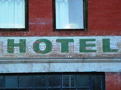 HOTEL (army.arch) Tags: arizona nhl hotel painted az historic faded bisbee silverking historicpreservation historicdistrict nationalhistoriclandmark nationalregister nationalregisterofhistoricplaces nrhp