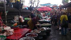 Market - Denpasar (dani_li) Tags: bali indonesia island holidays market cellphone movil vacaciones denpasar surftrip