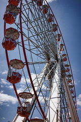 _DSC1484  27 carriage big wheel in Bournemouth's triangle. (Seaton Carew.) Tags: high entertainment alltherage veryimpressive highride monsterwheel 27carriages 5atime