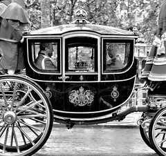 Crown Jewels, on the move... (Dennis Sparks) Tags: england london crownjewels queenelizabeth hermajestythequeen stateopeningofparliament may182016