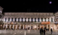 Moon Ligth Over San Marco (Pino Snorr) Tags: city italien venice italy moon house color love night italia outdoor venezia venedig sanmarco veneto ilovepizza museocorrer