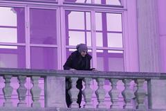 Juliet (Hernan Piera) Tags: windows portrait woman cold window girl smile photography photo mujer foto photographer chica purple image retrato balcony pic lila ventanas sonrisa railing fotografia balcon frio imagen fotografo barandilla ventanal baranda hernanpiera