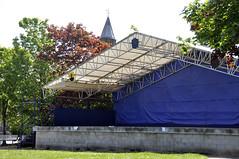 The Stage is set (magaroonie) Tags: nostalgia age week48 loanhead fountaingreen 7daysofshooting geometrysunday