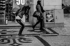 The Lisboa photographer (Bouhsina Photography) Tags: street bw white black portugal canon photographer noiretblanc lisboa rua rue lisbonne photographe 2016 bouhsina 5diii bouhsinaphotography
