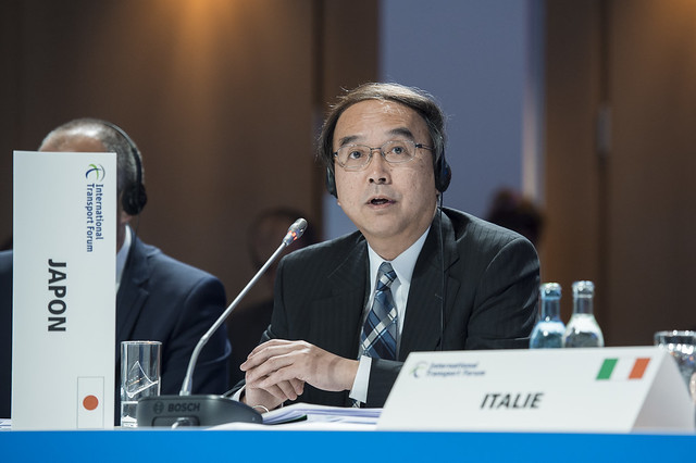 Toshiya Morishige makes a point during the Closed Ministerial Session