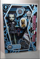 Box Moment Frankie Stein (Matt ) Tags: monster high doll box frankie stein mattel basic