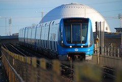 Convoy metro (Miquel Bilderson) Tags: train subway sweden stockholm stan gamlastan estocolmo suecia globen tunnelbana gamla tbana tunnelbanan sveriges tbanan