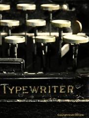 Vintage typewriter (MY PINK SOAPBOX) Tags: typewriter writing keys typography blog nikon letters machine blogging type writer calligraphy journalism letras escritor maquinadeescribir oldtypewriter vintagetypewriter writinginstrument surtex anahidecanio artyzenstudios anahidecaniolicensingart walllicensingart
