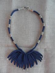 Girocollo Anemone blu_resized (patty macram) Tags: collier bijoux creazioni macrame makrame gioielli ciondoli accessori macram girocolli margaretenspitze