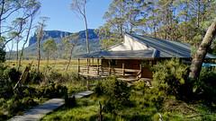 Pelion Hut (David Jablonski) Tags: tasmania overlandtrack tasmanien australia australien wandern hikking reise nature natur wildlife forest barnbluff westpelion eastpelion windmere lake echidna
