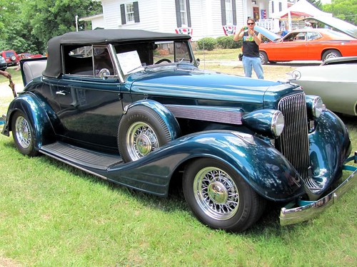 Flickriver: Searching for photos matching '1934 PONTIAC'