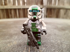 Fixer (Grant Me Your Bacon!) Tags: boss starwars lego sev custom clone commando scorch fixer deltasquad