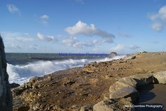 DSC00713 (Mark Coombes Photography) Tags: sea portland waves dorset rough