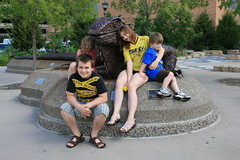 kids and lizard? in front of the Science Museum (sassyseltzer) Tags: stpaul mn labordayweekend summerslasthurrah reallyfun staycation