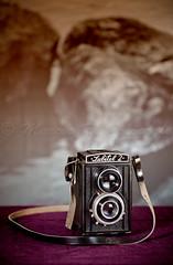 Lubitel 2 / Mi nueva Adquisicin (Marcos Rivero / Fotgrafo) Tags: luz canon flash antigua fotos lubitel2 amateur lente fotgrafo foca rollo cmara objetivo rflex aficionado engranaje ptica enfoque obturador temporizador anillas 24105l formatomedio sincronizacin pelicular 5dmarkii oltusfotos marcosrivero