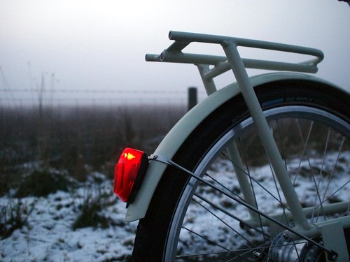 winter snow luggage rack starship dynamo paperbicycle