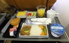 SQ Singapore Airlines In-flight Meal SIN-HKG ((^_~) [MARK'N MARKUS] (~_^)) Tags: inflightmeal sq 200v singaporeairlines sinhkg