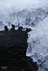 Eiswelten_01 (lupin & spunki) Tags: winter wasser bach eis kristall kugeln formen