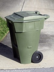 "Privately Owned ""City of Winter Haven"" Garbage Roto / Rotonics RMIC Cart (FormerWMDriver) Tags: trash garbage can bin collection container gal rubbish mold waste cart refuse 95 90 60 65 roto sanitation 96 gallon rmic rotonics"