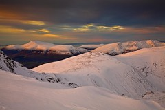 Skiddaw and Blencathra from Helvellyn Summit in Winter (Explored) (Steve Thompson images) Tags: winter sunset snow mountains landscape lakedistrict cumbria saddleback helvellyn skiddaw blencathra polarisingfilter canon24105l helvellynsummit ndgradfilter canon5dmark11