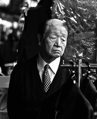 IMG_1242 (Hawkeye39) Tags: street blackandwhite monochrome japan tokyo streetphotography streetphotographer
