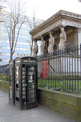 Four statues using wi-fi (Canadian Pacific) Tags: new england black building london english church saint parish statue architecture booth phone unitedkingdom box britain great statues wifi british stpancras eustonroad nw1 upperwoburnplace aimg0600