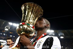 AC Milan vs Juventus (Kwmrm93) Tags: roma sports sport canon football fussball soccer celebration final adidas acmilan futbol celebrate futebol fotball juventus celebrating voetbal fodbold calcio deportivo fotboll  deportiva coppaitalia stadioolimpico esport fusball  fotbal jalkapallo  nogomet timcup fudbal  votebol fodbal   paulpogba