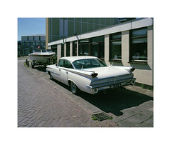 vintage car (ha*voc) Tags: street urban film mediumformat rangefinder 6x7 mundane 220 ijmuiden urbanfragments 65mm fujinps160 mamiya7ii