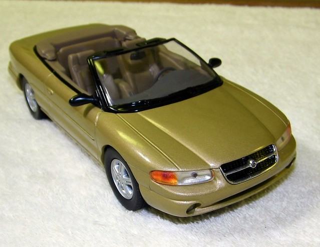 auto old classic cars scale car vintage promo model automobile antique top working convertible plastic 124 sample kit 1995 chrysler sebring collectible collectors 95 promotional coupe dealership johan mpc 125 amt smp hubley revell banthrico