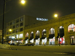 Borders on Broadway (Flint Foto Factory) Tags: city winter urban chicago ford night lights evening lawrence illinois nocturnal cab taxi north broadway bookstore uptown storefront february clifton borders crownvictoria 2011 straightoutofthecamera sooc straightoutofcamera