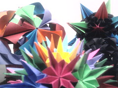 Kusudamas....... (Ygor Albuquerque) Tags: sea pluto urchin seaurchin arabesque kusudama kusudamaseaurchin kusudamaarabesque kusudamapluto