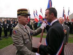 """Avec mon ami, le Général Hubert Ivanov, officier de la Légion Etrangère, commandant de la division Daguet lors de la première guerre du Golfe • <a style=""""font-size:0.8em;"""" href=""""http://www.flickr.com/photos/70502024@N04/6517180485/"""" target=""""_blank"""">View on Flickr</a>"""