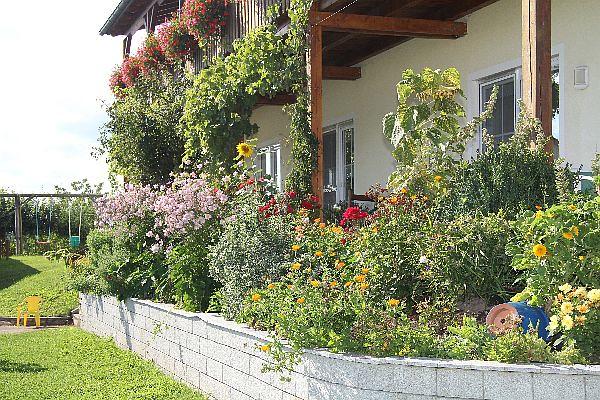 Kastanienhof Selz - Garten