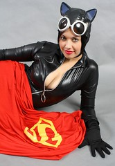 Catwoman's latest Steal (VictoriaCosplay) Tags: leather cosplay superman batman latex smallville catwoman annehathaway supermanscape victoriacosplay darkknightrises wwwvictoriacosplaycom