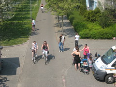 Almere, Netherlands 1096 (Design for Health) Tags: people netherlands cyclists pedestrians almere rightsofway photographerannforsyth