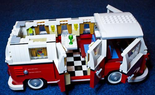 Lego Camper Van Christmas Fun — robmiles.com