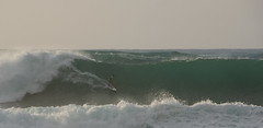 EHU018 (lucho_84) Tags: umbrella hawaii surf oahu pipe wave surfing surfboard sunsetbeach pipeline backdoor ehukai hugewave