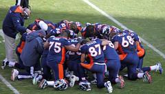 Huddle, or Prayer Session ? (Jeffrey Beall) Tags: prayer pray praying huddle denverbroncos