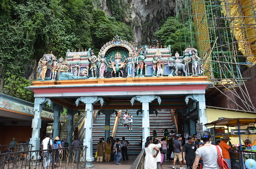 Batu Caves Entrance ©  Still ePsiLoN