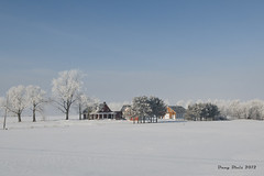 Gelee matinale (Dany Blais) Tags: morning blue trees winter sky white snow canada cold ice rural landscape nikon quebec hiver country bleu ciel arbres neige paysage maison campagne blanc froid matin d300 gele stpierrelesbecquets