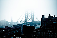 Williamsburg Bridge (sxhuang) Tags: leica nyc newyorkcity fog manhattan williamsburgbridge wetzlar leitz teleelmar 14135mm m9p blinkagain