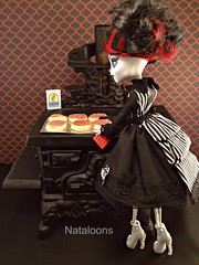 Bone Apptit! (Nataloons) Tags: fashion monster skeleton baking high doll dress oven handmade antique stove etsy mattel createamonster monsterhigh deisdollhouse
