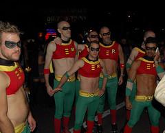 So Many Robins (Pete90291) Tags: halloween cosplay