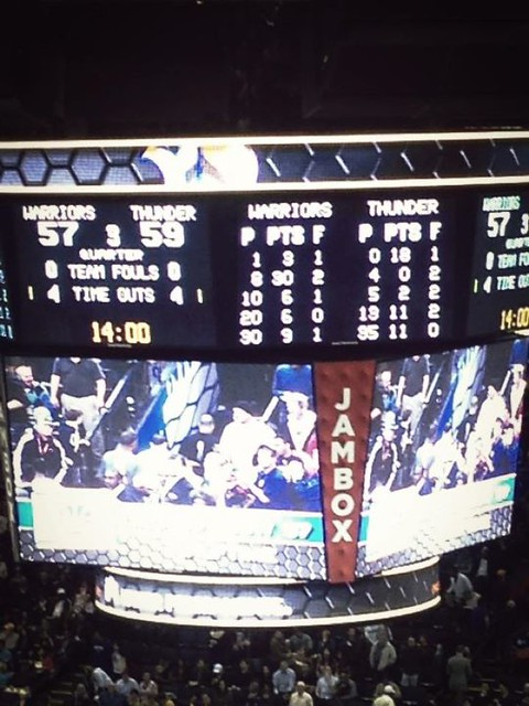 MONTA ELLIS (No. 8) get more than half scores of Warriors……