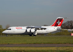 HB-IXU Bae 146 (RJ100) Swiss International Airlines (Keith B Pics) Tags: swiss zurich bae southend sen bae146 zrh britishaerospace rj100 lszh hbixu rj1h chestenberg egmc inflite keithbpics swr5100
